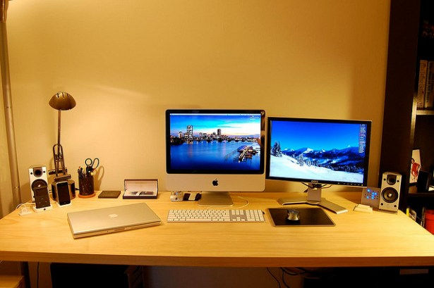 Should I Become a Freelancer? An In-Depth Look at the World of Freelance Design