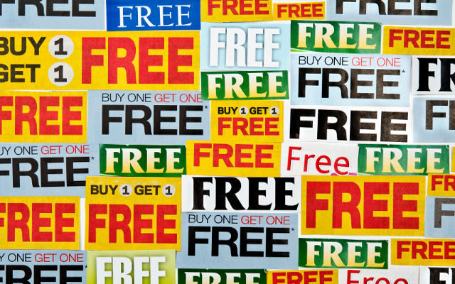 A Freelance Web Designer's Guide to Offering Freebies to Generate Leads